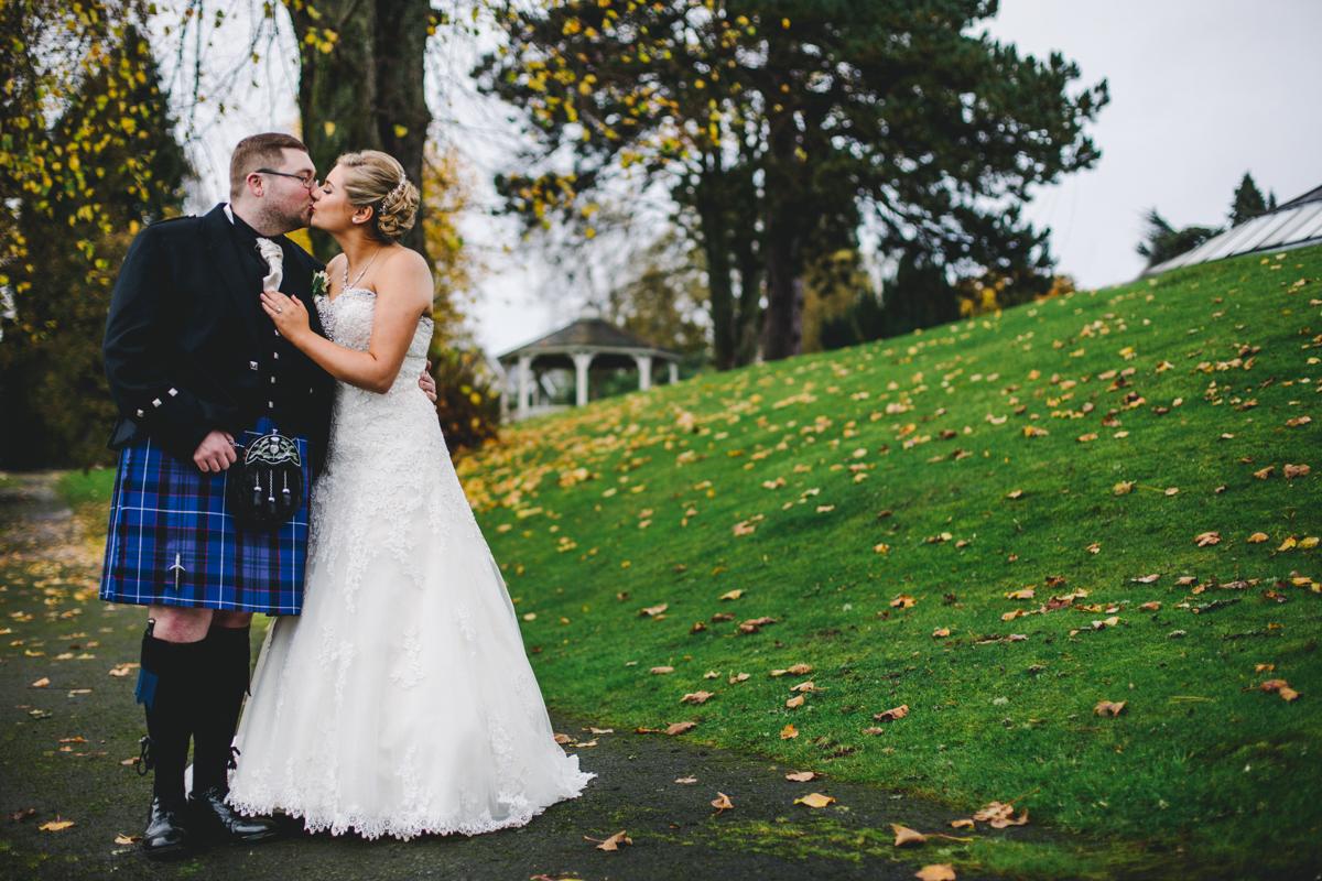 Cruin wedding photographer